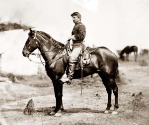 Soldier-Riding-Horse-001