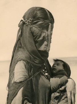 Bedouin mother, 1948
