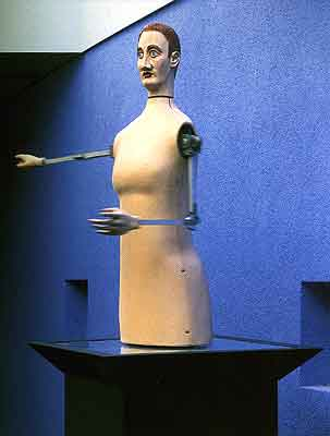 von huene statue marionette