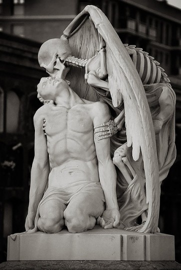kiss of death