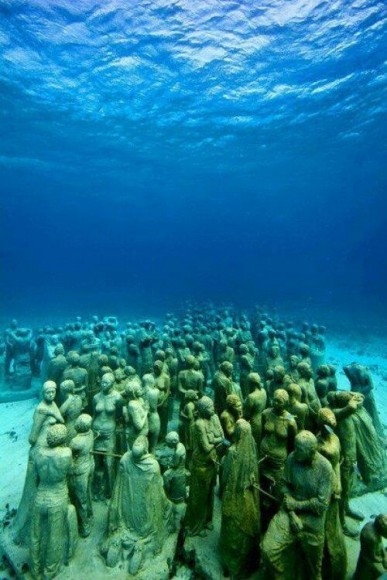 Sculpture underwater, Cancun Mexico, Jason deCaires Taylor