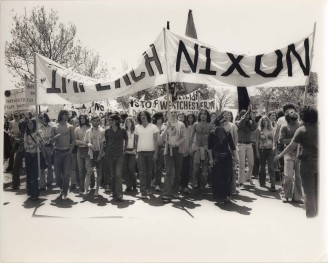 Bread and Puppet Theatre, 1972,  Protest march against Viet Nam war.