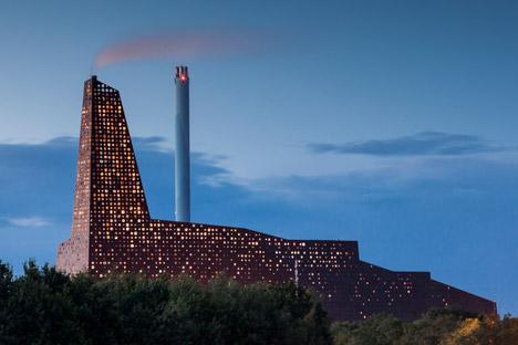 Incineration plant. Roskilde, Denmark. Erick van Egeraat architect.