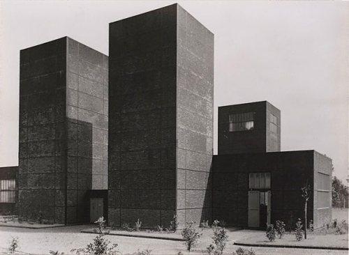 Albert Renger-Patzsch, photography. Zeche Bonifacius, Essen 1948.