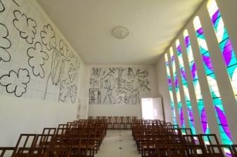 The Chapelle du Rosaire de Vence . Design and painting by Henri Matisse. 1948