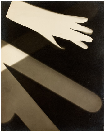 Curtis Moffat, photography. 1925