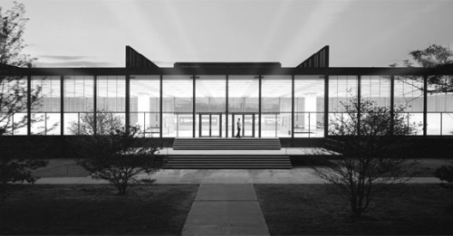 S.R. Crown Hall. 1956, Ludwig Mies Van der Rohe, architect