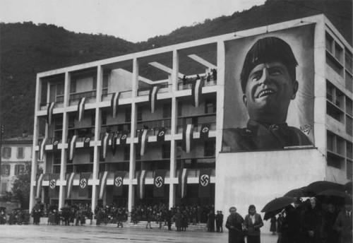 Giuseppe Terragni architect. (Casa de Fascio, 1932. Como, Italy).