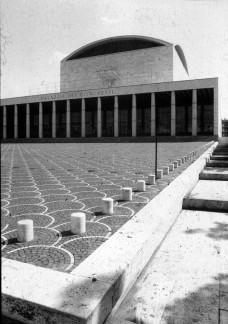 Adalberto Libera, architect. (Palazzo dei Ricevimenti e Congressi, EUR, 1938-42)