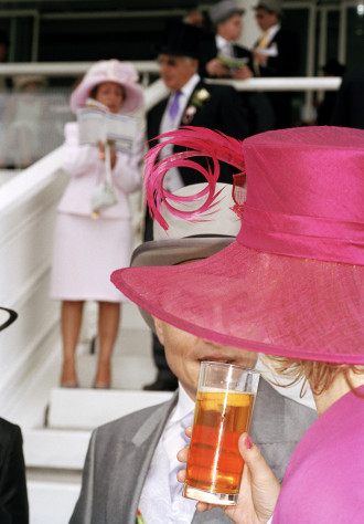 Martin Parr, photography. (Epsom The Derby. 2004).