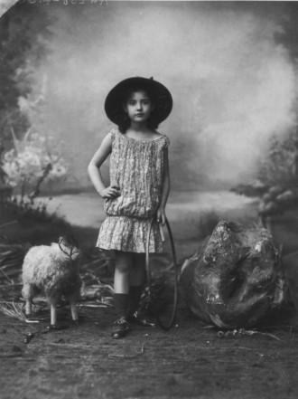 Felix Nadar, photographer. 1910.
