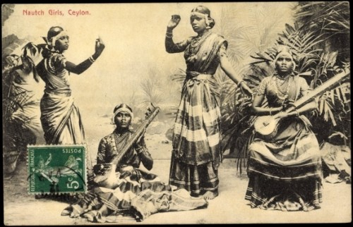 Postcard of 'Nautch Girls', Ceylon. Photographer unknown, date unknown.