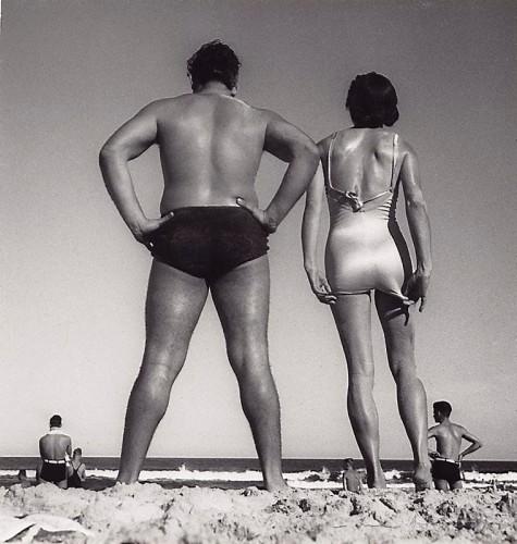 Max Dupain, photography. Bondi Beach, 1939.