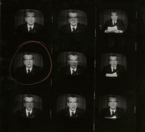 Larry C. Morris, photography. (contact sheet, Nixon's resignation speech 1974).