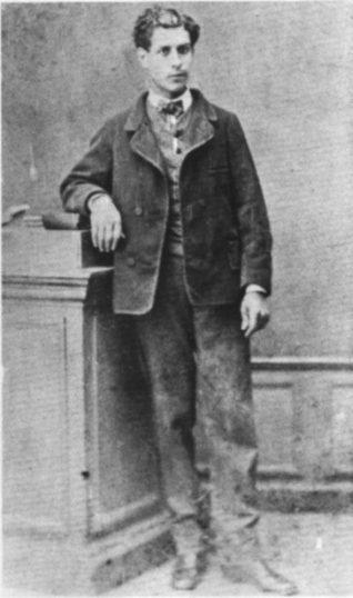 Isidore Ducasse (Comte de Lautreamont).