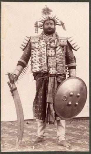 Samel Bourne, photography. (Indian executioner, 1903).